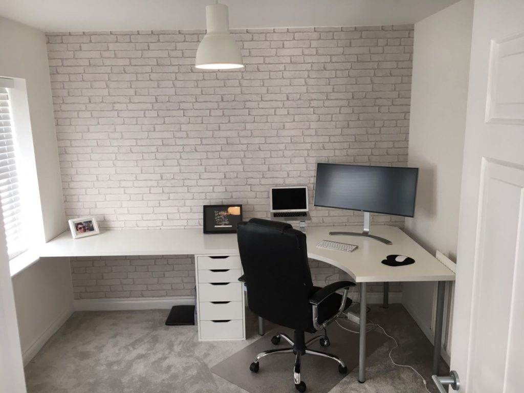 Linnmon desk install